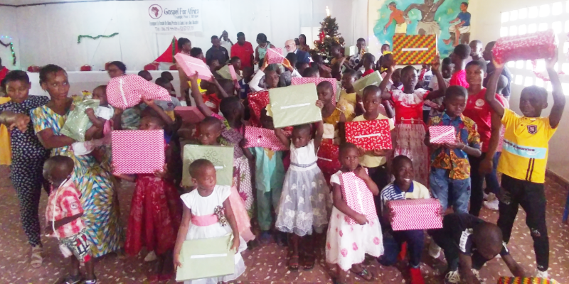 Ophans in Gagnoa receive gifts from Gospel For Africa.